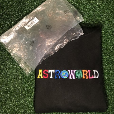 0927a0a8ec77c @jvckbvttye. 4 months ago. Jerrabomberra, Australia. Travis Scott Astroworld  Wish you were here hoodie. Size Medium