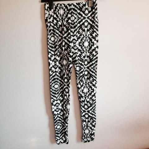 5a623c2699ad9 @courteneylawrence. 4 years ago. Braintree, United Kingdom. black and white  patterned leggings ...