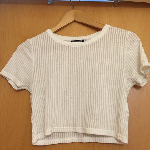 a7834858ce3 @aprilwinters. 4 years ago. Peterborough, United Kingdom. White crop tee  from Topshop. Size UK 10.