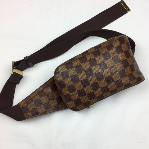 4f5f31a197f7e  oliversarchive. last year. United Kingdom. Louis Vuitton Damier Geronimos  Bumbag ...
