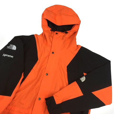 Supreme x TNF    The North Face Orange Mountain Jacket • L • - Depop 6ccdc2767