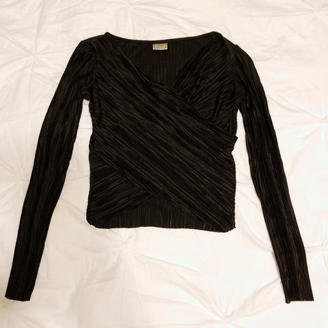 bc52235cbc8349 Zara W B Collection Black Long Sleeve Ribbed Crop Top. SIZE - Depop