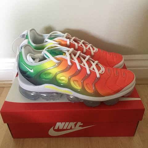 174959193d464 Nike Air Vapormax Plus Rainbow Brand new with tags and UK 9 - Depop