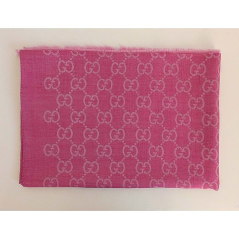 81c8303b698 Scarf Gucci new and genuine color pink no used new come . - Depop