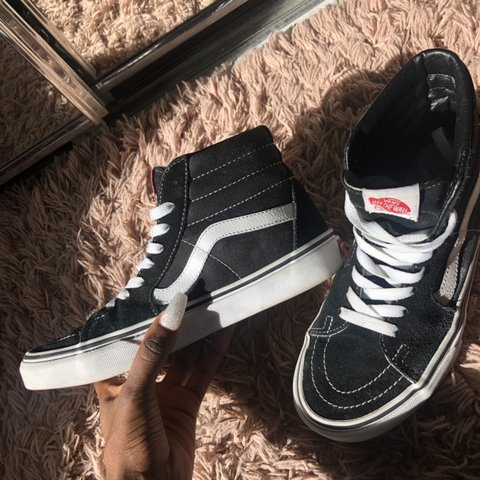 604bd45be4 sk8-hi black   white vans size 7.5 off the walllll you go a - Depop