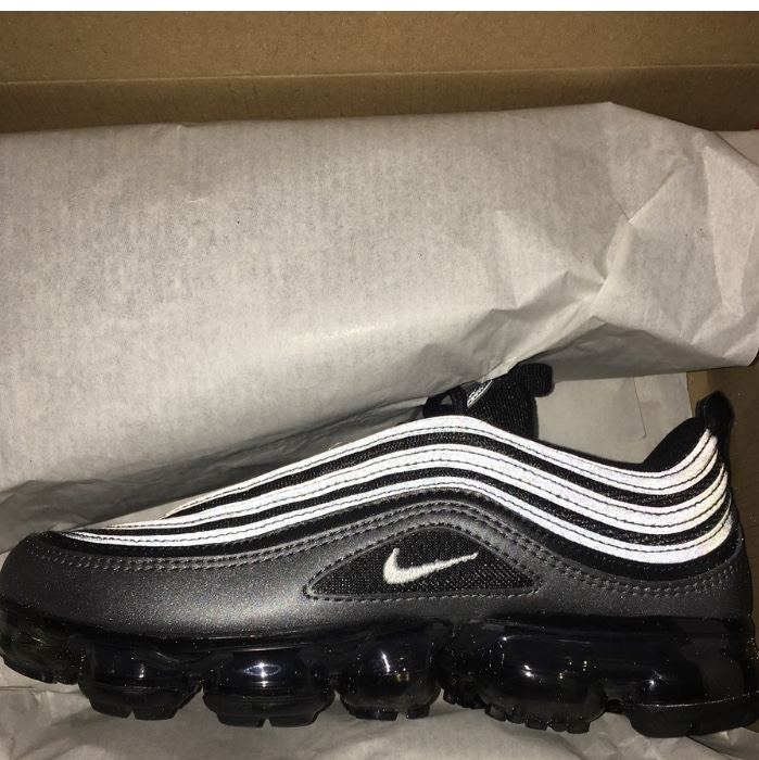 san francisco 60391 a66d5 Nike air vapour max 97 Don't fit, 10/10 condition,... - Depop