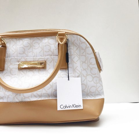 67bbfd0ca9 @kaflair. 9 months ago. Pembroke Pines, United States. 👜 Calvin Klein  Handbag 👜 BRAND NEW WITH TAGS!!