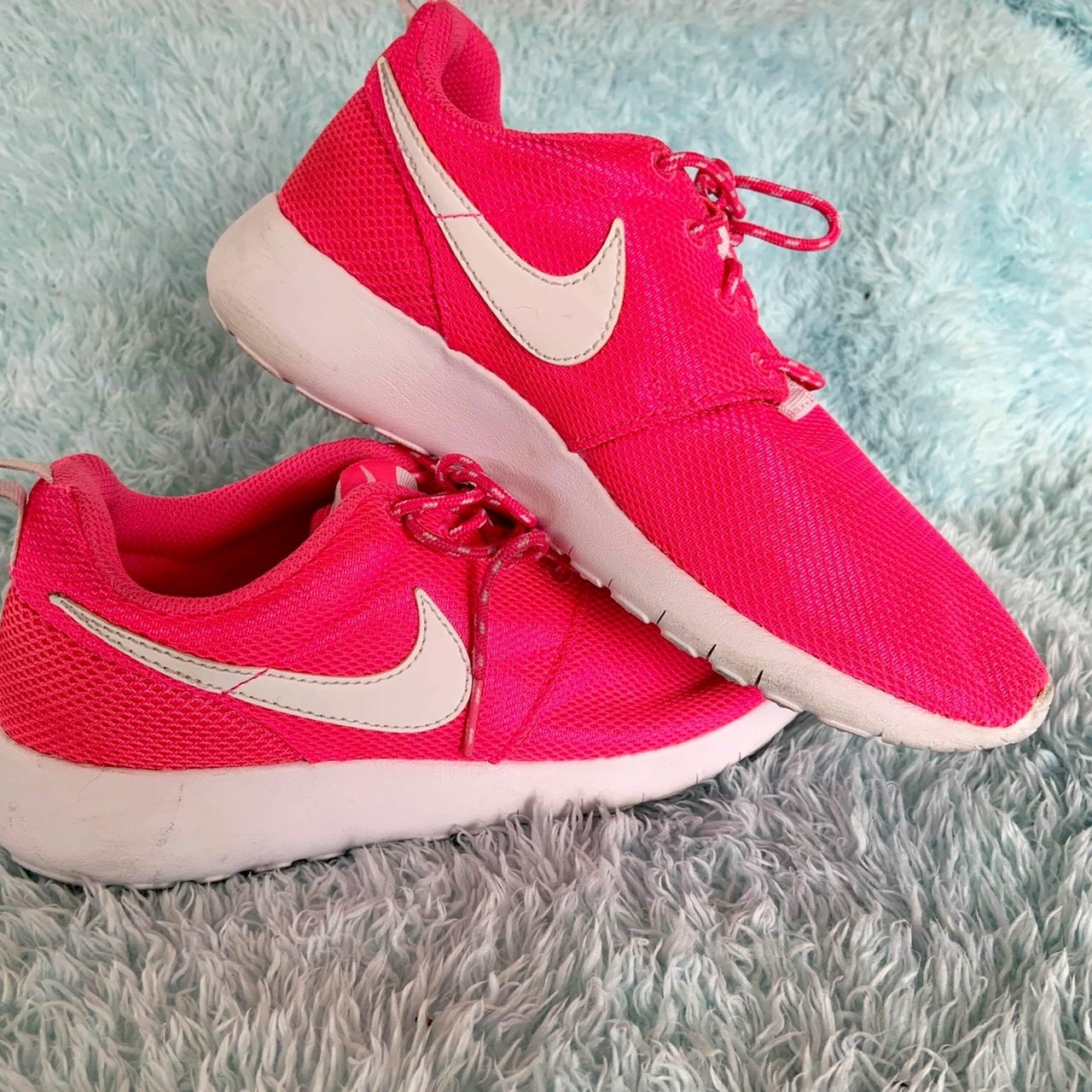 820540189aad neon pink nike roshe shoes! super cute. conditon  wore a - Depop