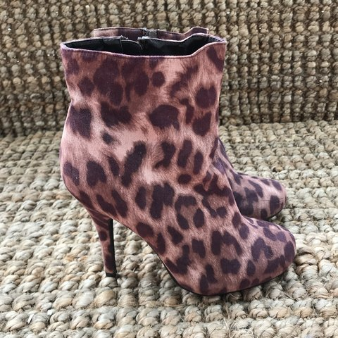 fe4ac5294cf9 @brookeciverson. 7 months ago. He'eia, United States. Forever 21 Leopard  bootie heels. Size 7.