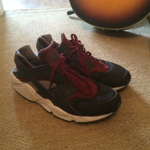 best authentic bcfd9 da4fd Nike air huaraches, black burgundy- 0
