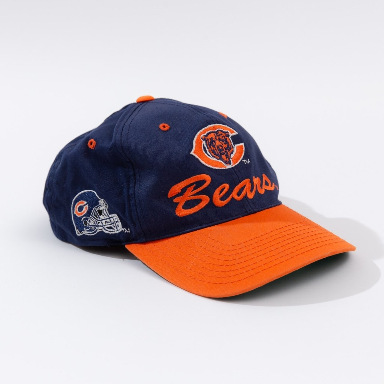 Incredible vintage 90 s Chicago Bears NFL SnapBack hat. As - Depop 6dd1a4f9e