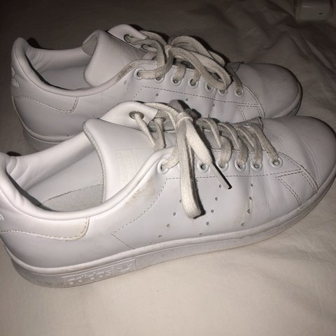 quality design a4990 93aa9  maceywdwrd. 9 months ago. Chicago, United States. lightly worn adidas stan  smith sneakers