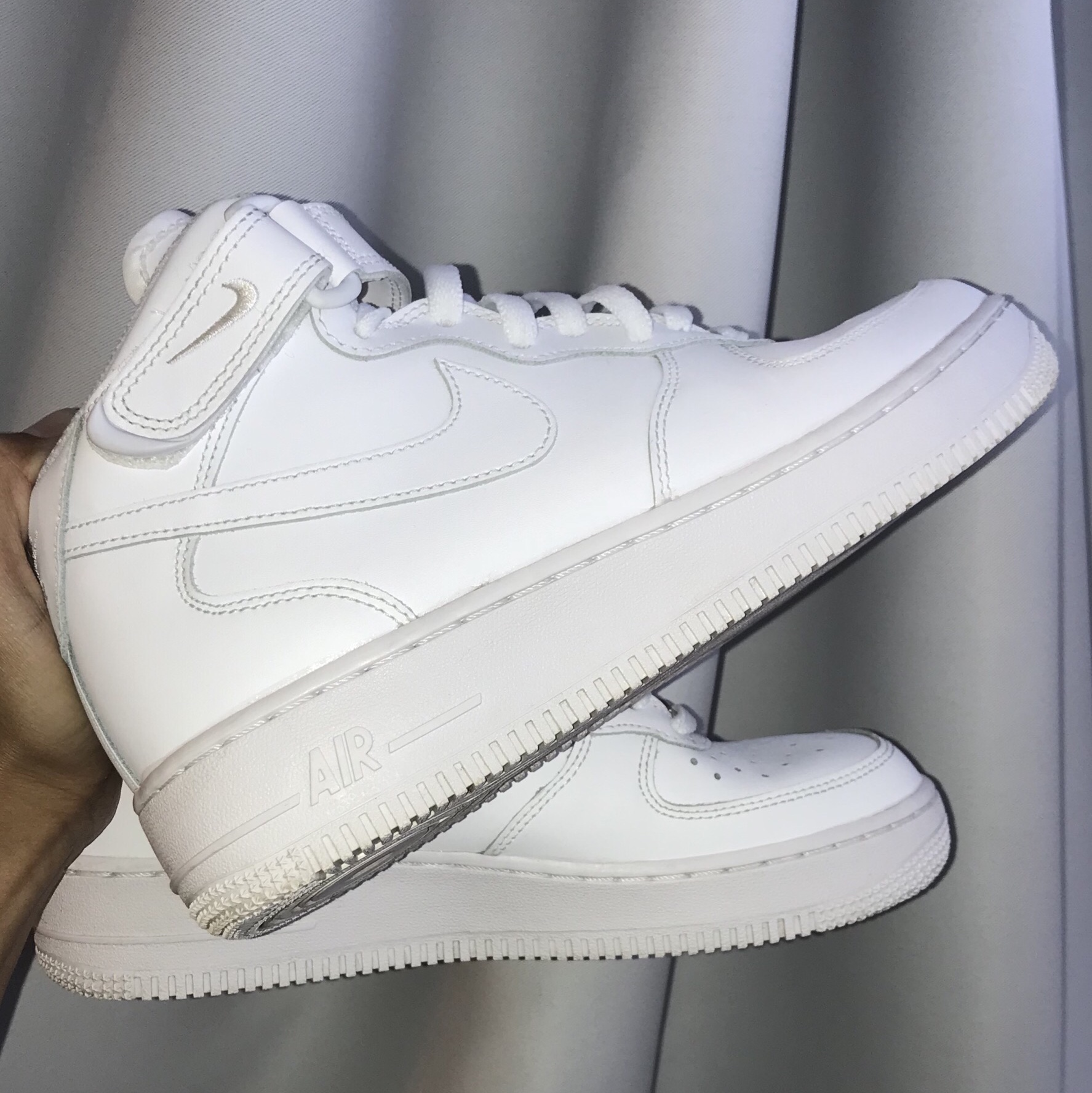 White Nike Air Force 1 High Top. Size