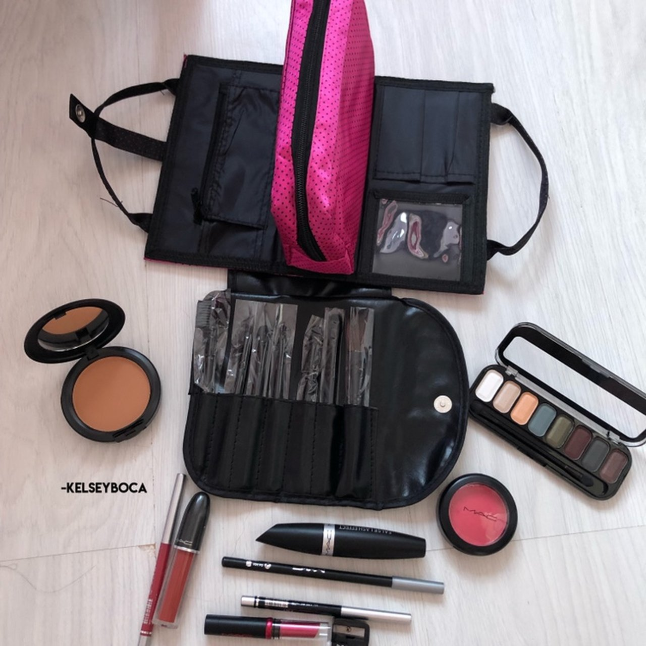 Makeup Bundle These Are Unwanted 0