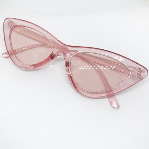 1e337a8d27d Pink clear wide frame cat eye sunglasses Few marks on the - Depop