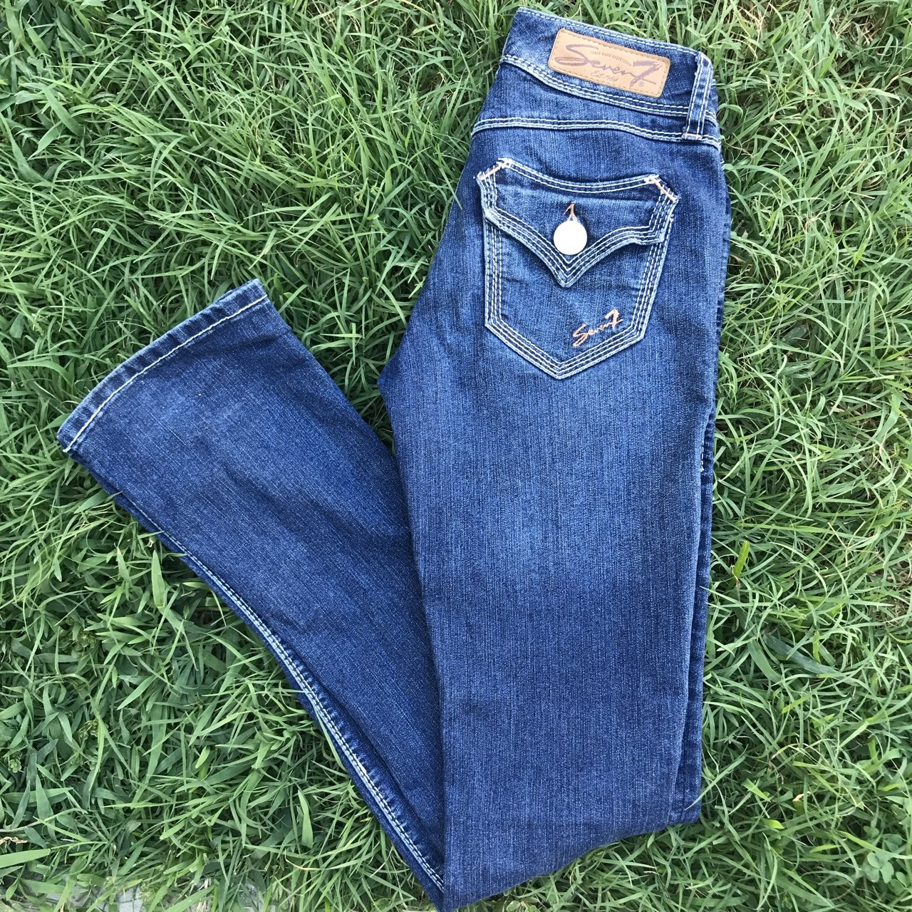Seven Jeans 👖 slightly bootcut Size 25 but can fit a size - Depop 3df09b7bb