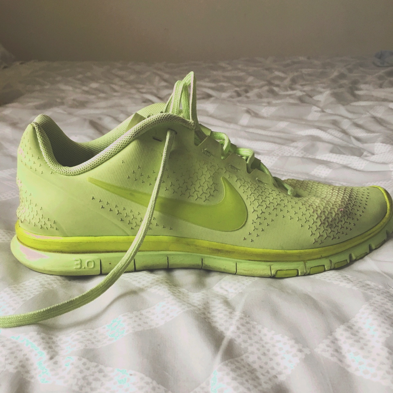 first rate d41eb 211bc Nike Free Run 3.0 Neon Green Size 8.5 In Good... - Depop