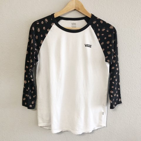 77049771db VANS Woman s Baseball Tee Floral printed sleeves