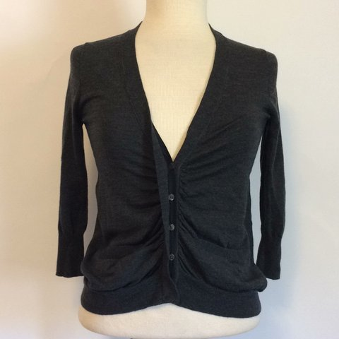 1f2396507277 J. Crew 100% Merino Wool far gray heathered Cardigan Sz XS. - Depop