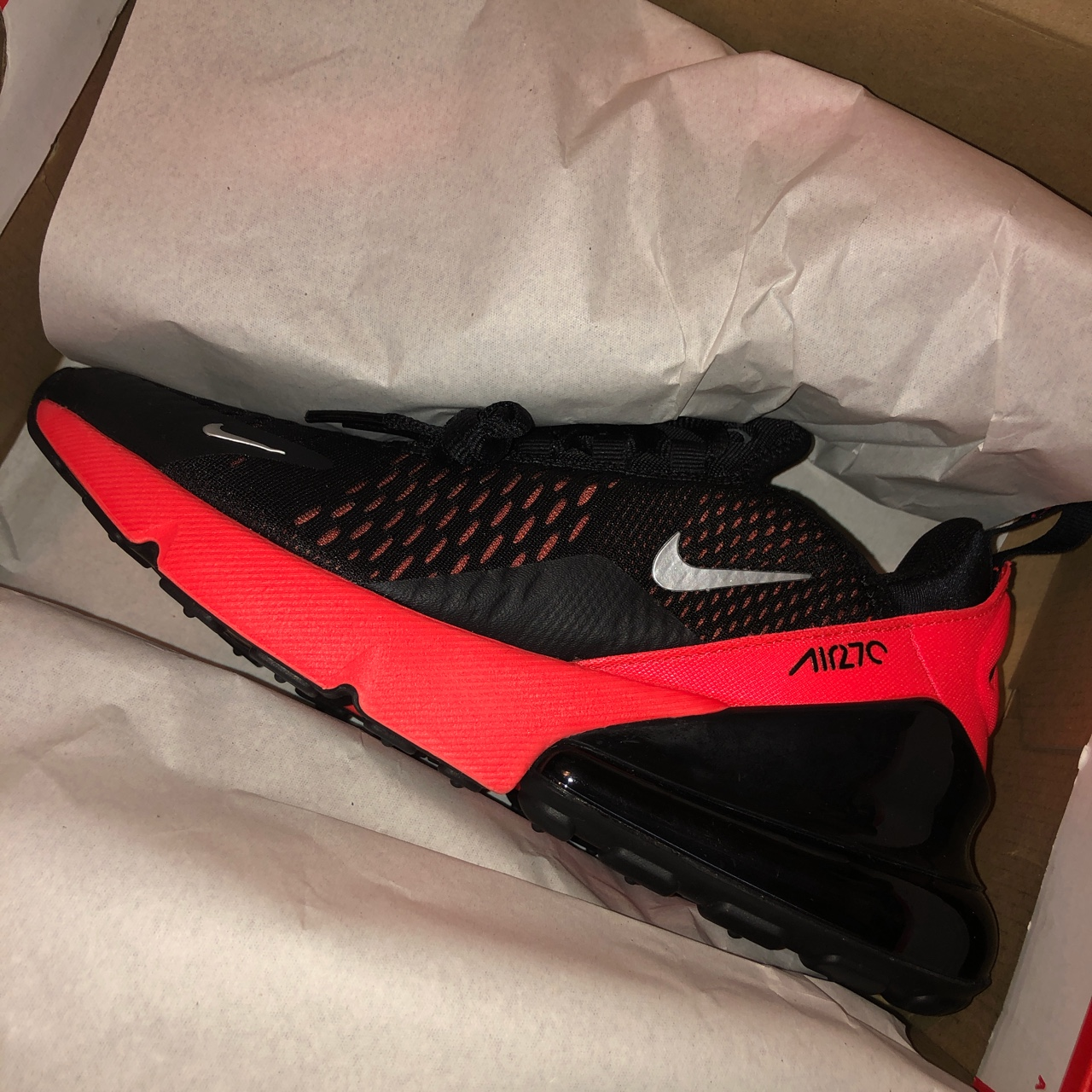 🖤 BLACK AND PINK NIKE AIRMAX 270s
