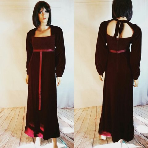 ce778f93f5a2 @kellys123. 5 days ago. Florida, US. Beautiful crushed velvet Maxi Dress  with empire waist ...