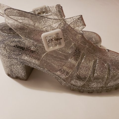 8f5a44e2c493 90s flashback. Glittery clear jelly sandals with a platform - Depop