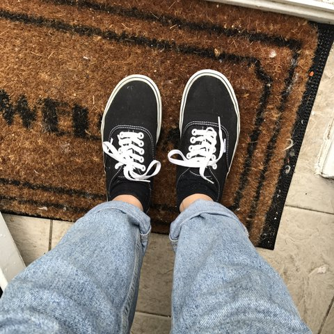 c7c2c7d139023c Vans size 6. Barely worn in great condition. Very and me not - Depop
