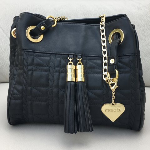68f423071ee Faux leather quilted shoulder bag with gold chain handle and - Depop
