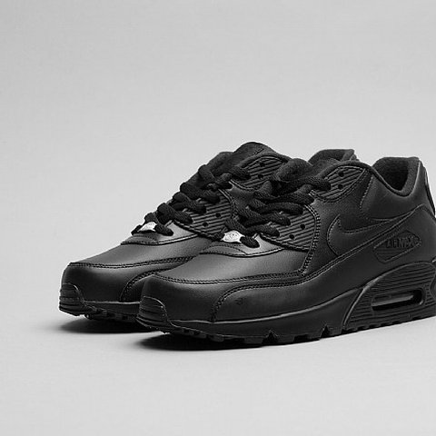 official photos 32a31 00e50  cheapcheapdeals. 9 months ago. Manchester, GB. Nike Air Max 90 Leather  Trainers