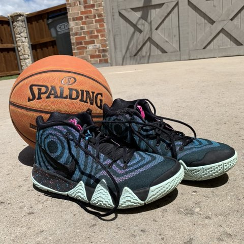 d400851a9e13 Nike Kyrie 4s -size U.S. men s 9.5 -good condition — only - Depop