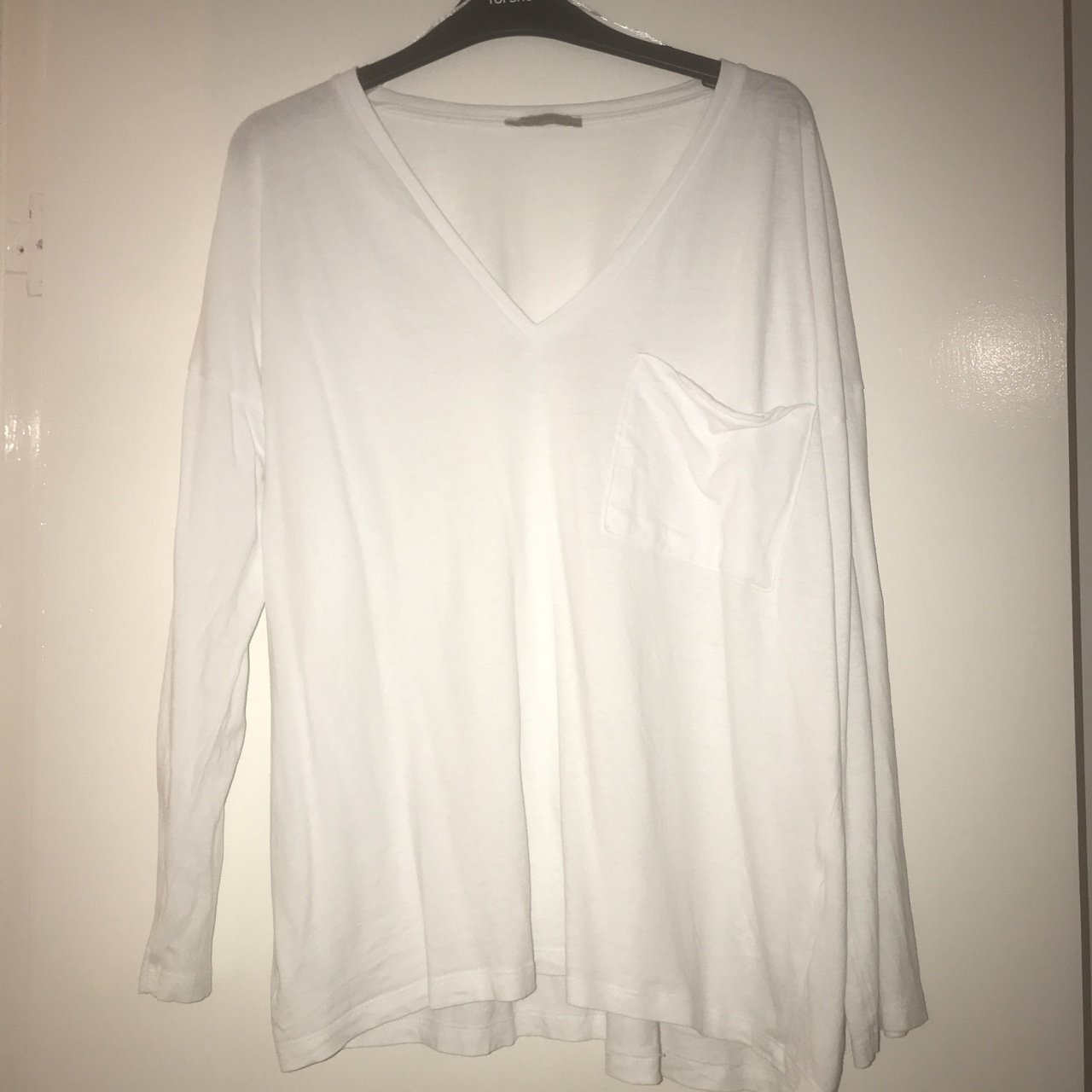 cd57930f @ecekaragoz. 8 months ago. London, United Kingdom. Zara white v neck  oversized casual t shirt with front pocket, size small ...