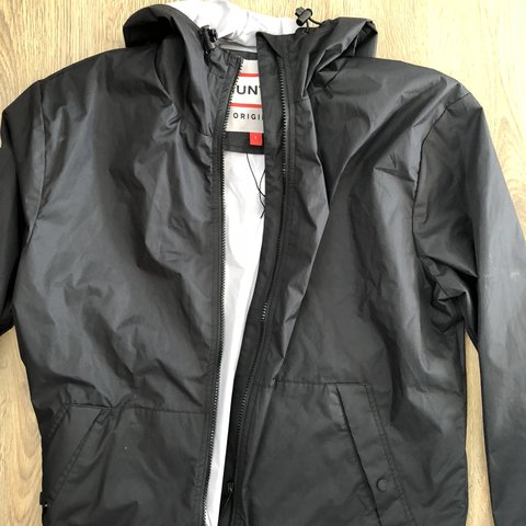 fdfb27f678b07 Hunter jacket for sale light perfect for festival down pours - Depop