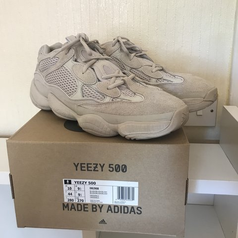 f353bd5e96a92 Yeezy 500 desert rat Worn once Hmu with offers Accepting - Depop
