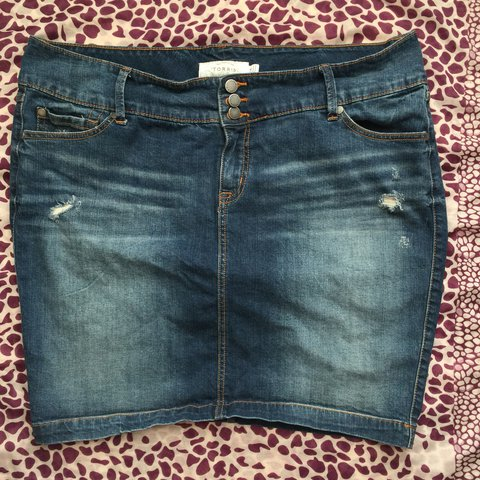 1a13cb0db3 @shealane. last year. Lakewood, United States. Torrid Jean skirt size 16 ...