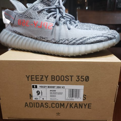 77a4c723b Yeezy Beluga 2.0 Size 9.5 9 10 condition Worn 3x is on - Depop