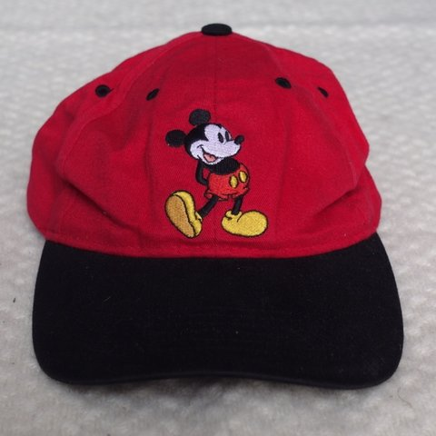 7eadbd0ca3b74 MICKEY MOUSE WALT DISNEY WORLD DAD HAT SNAPBACK Iconic of a - Depop