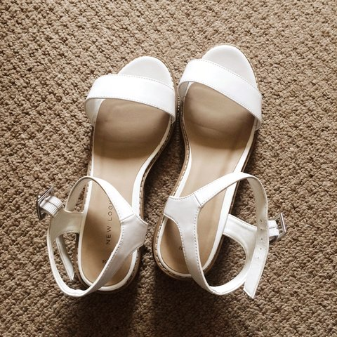 aaac385cc2 @domunique. 4 years ago. Stoke-on-Trent, United Kingdom. New look white  block heel sandals size 3 good condition sold ...