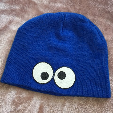 d7cae0e930f Cookie Monster beanie haha I ve had this hat forever haven t - Depop