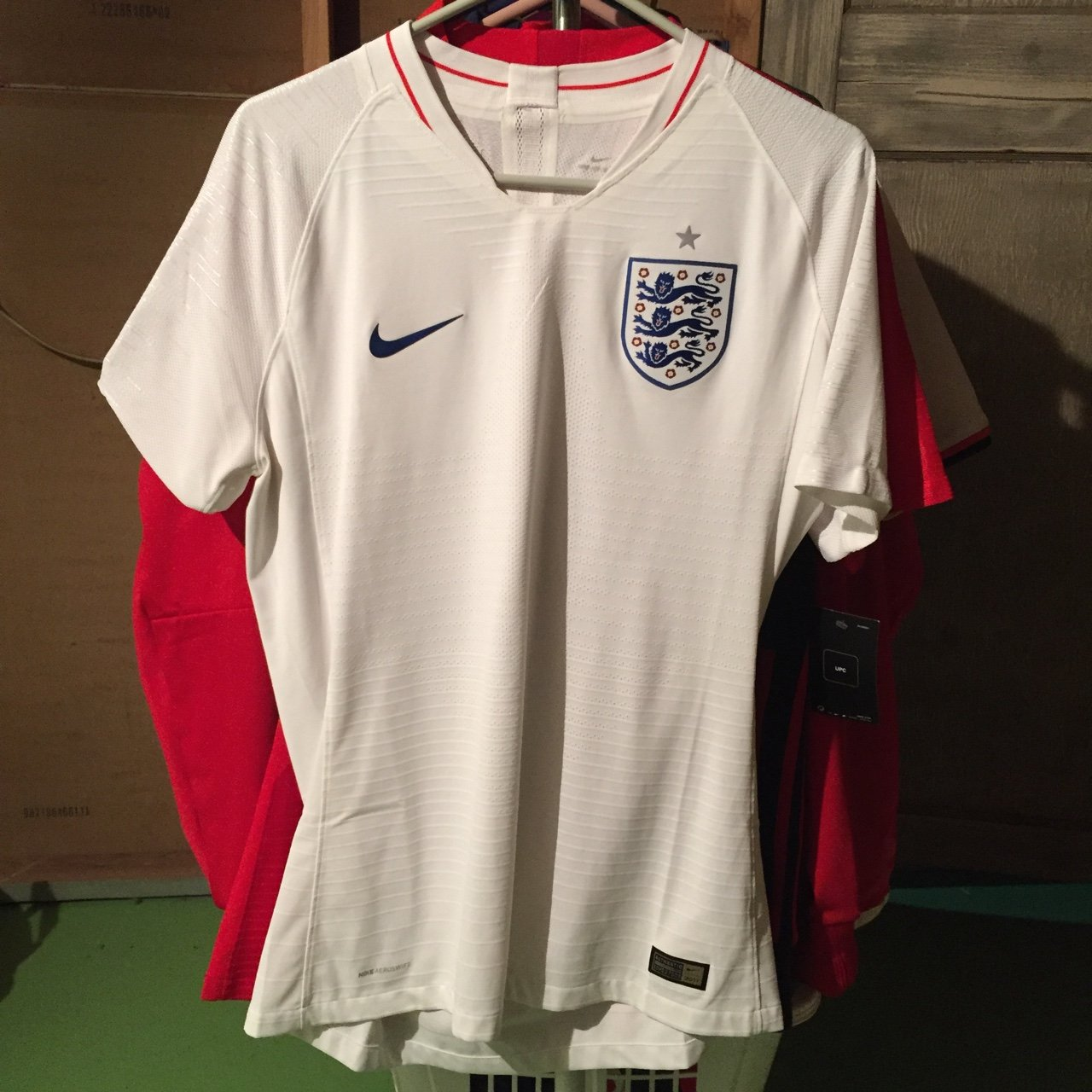Excellent condition men s large Nike england soccer jersey - Depop f9447eceb
