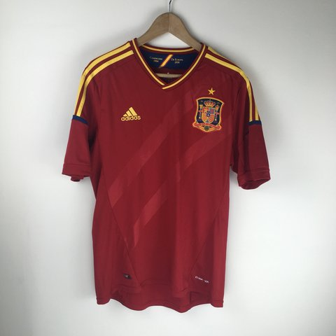339d16c4c @taran_romi. 4 months ago. Accord, United States. Adidas Spain 🇪🇸 2012-2013  Soccer Jersey!
