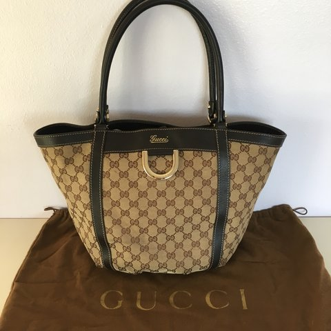 9dc73126301 Authentic Gucci bag • Used • Cloth material • Small scoff no - Depop