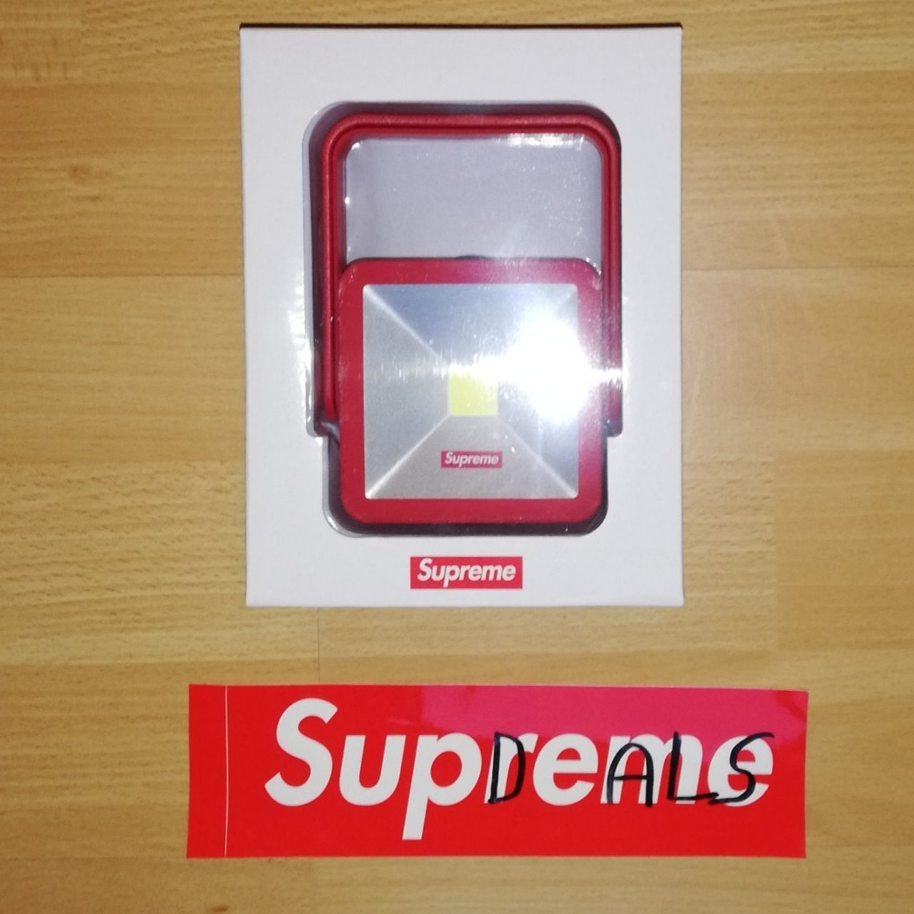 9575fedba0a Supreme Magnetic Kickstand Light Red Condition