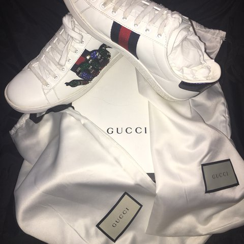 6f2ad26356a Gucci Ace Embroidered Sneaker featuring gem stone king Size - Depop