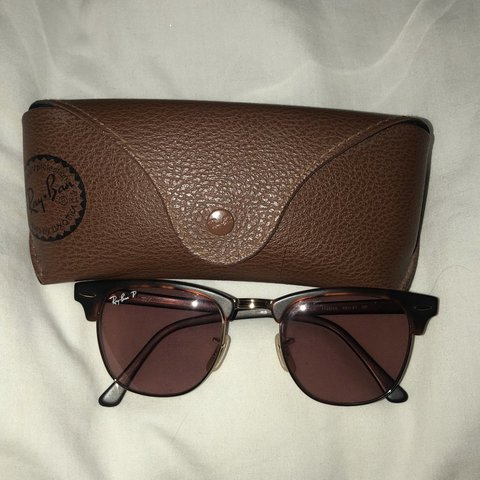 3e1e69fea @shellyfletchx. 11 days ago. Hull, United Kingdom. RAYBAN MAKE ME OFFERS Rayban  Clubmaster Polarised sunglasses