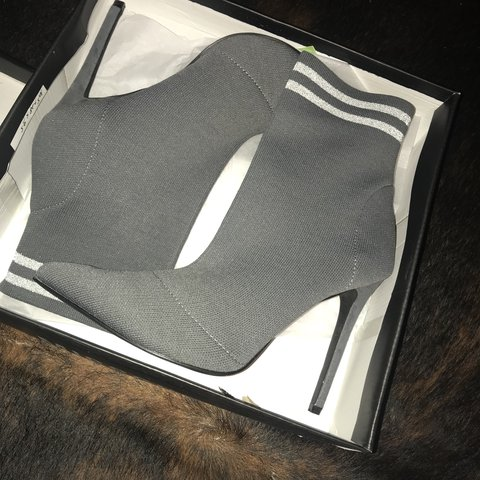 5934dd27afd9 carli bybel x missguided grey knitted stripe pointed ankle 7 - Depop