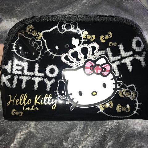 234cb22cd7 Adorable pvc  Hello Kitty  makeup toiletry bag • Never used - Depop