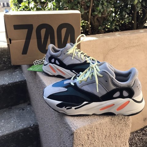 4cb80ed82 Yeezy 700 Wave Runner Stockx Verified I can provide email of - Depop