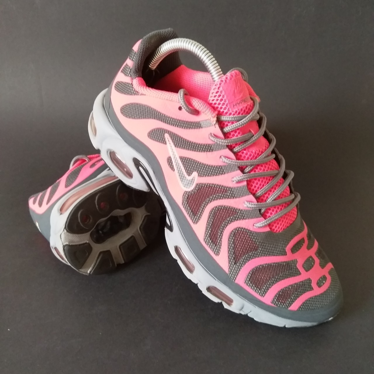 separation shoes 9d4e7 0eb8c Nike Air Max TN PLUS Hyperfuse solar red Hivis pink... - Depop