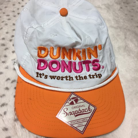 16cb93158f5 Dunkin Donuts SnapBack Onesize Lightly worn