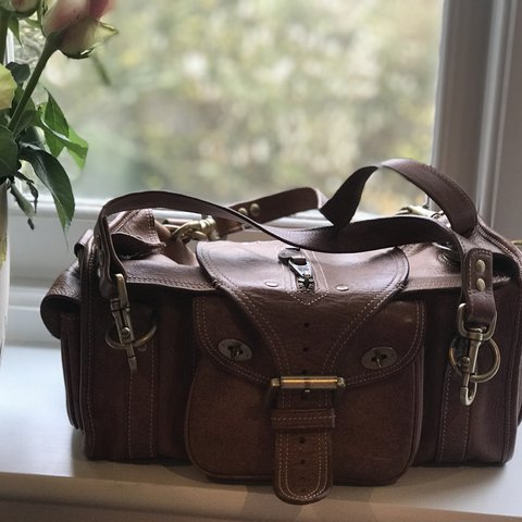 6b89c6b2b7 The Emmy; a beautifully crafted, vintage, tan Mulberry in a - Depop